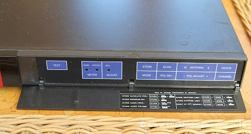 Salora XLE 8901 satellite receiver.